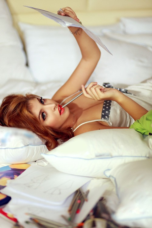 15-11loat-anh-hot-girl-andrea-mac-bikini-vo-cung-goi-cam5