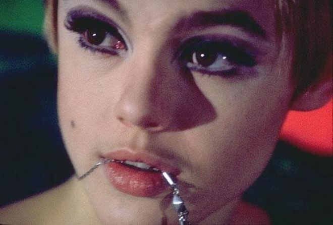 edie-sedgwick-s-photos-by-andy-warhol-15-1473345505835